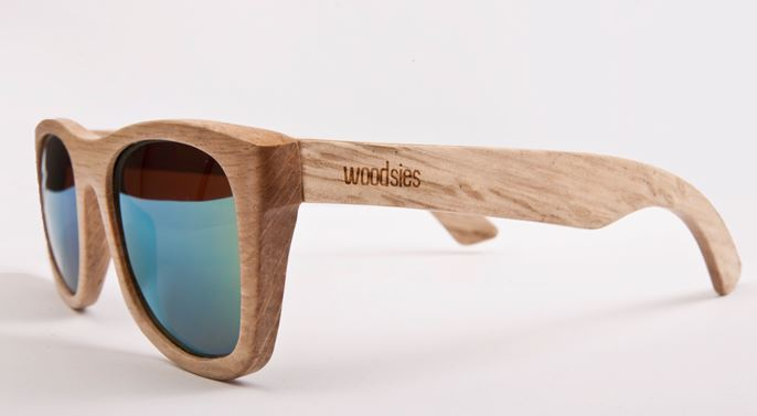 hartley woodsies sonnenbrille aus holz f r ko sonnenanbeter. Black Bedroom Furniture Sets. Home Design Ideas