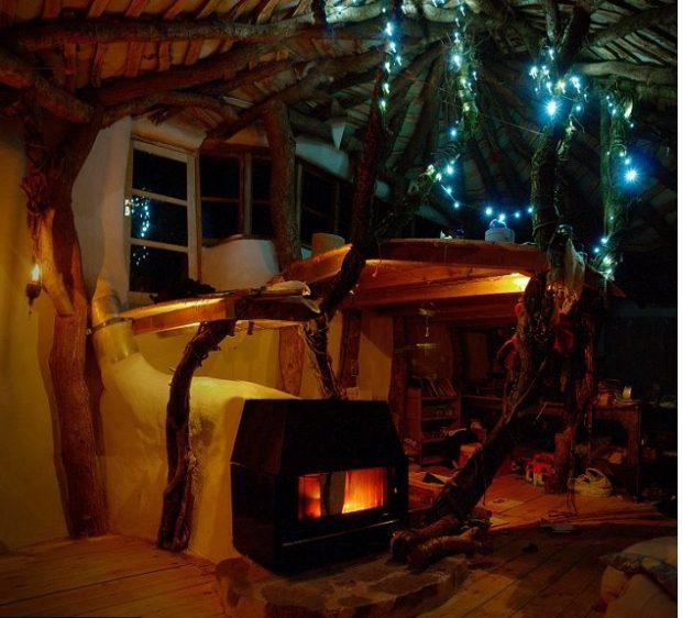 eins mit der natur familie baut autarkes traumhaus f r 4000 euro. Black Bedroom Furniture Sets. Home Design Ideas