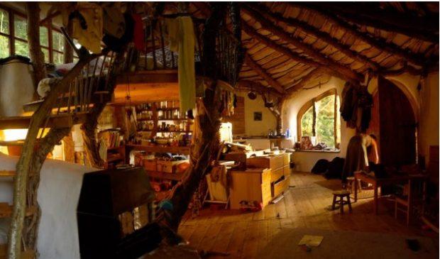 Hobbit Haus Bauen eins mit der natur familie baut autarkes traumhaus für 4000