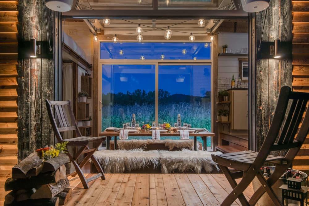 Autarker Luxus Auf Radern Tiny House Mit Jacuzzi Ab 79 000 Dollar