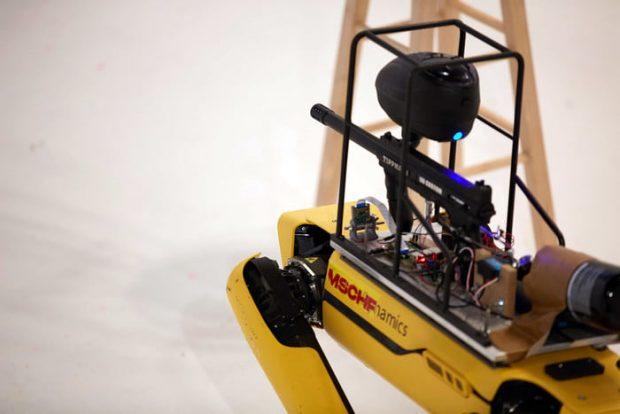 Online-Event: Paintball spielen mit einem Boston Dynamics Roboter